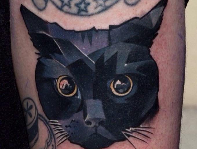 Les meilleurs tatouages de chat pour les amoureux des f lins yummypets - Tatouage chat noir ...