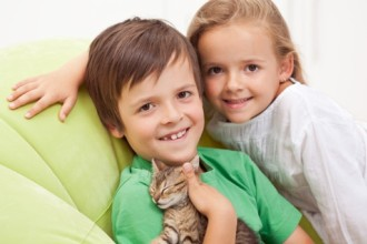 Children and pets: learning based on games